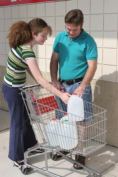 Hurrikán újrahasznosítás apa lánygyermek harisnya felfelé Stock fotó © lisafx