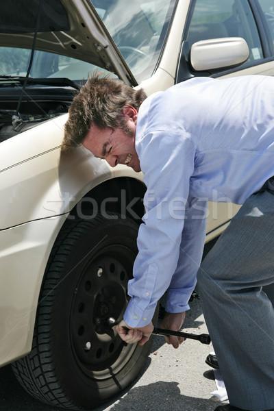 Autógumi erőfeszítés üzletember út férfiak autópálya Stock fotó © lisafx