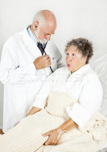 Orvosi vizsgálat kórház orvos idős női beteg Stock fotó © lisafx
