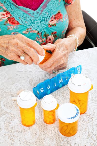 Reçete hapları hafta kıdemli kadın sağlık Stok fotoğraf © lisafx