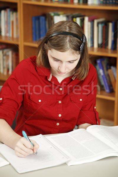 Genç kız ödev güzel okul kütüphane kız Stok fotoğraf © lisafx