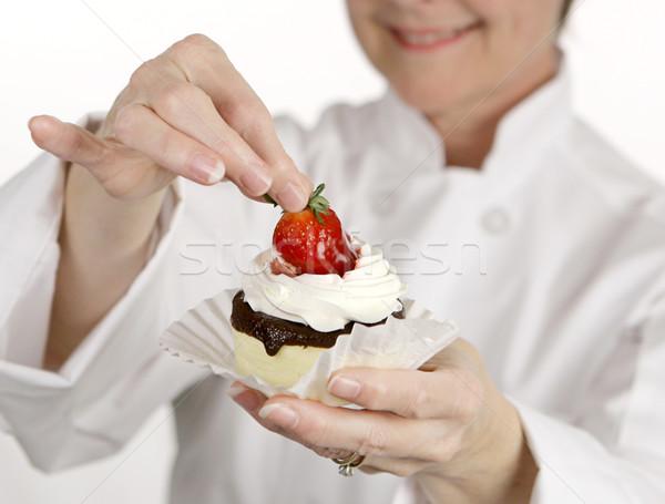 Strawberry cheesecake pasta pasta şef kadın Stok fotoğraf © lisafx