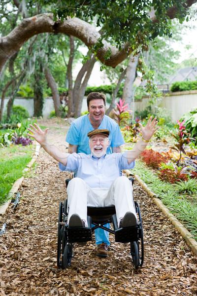 Mozgássérült idős jókedv gondoskodó öregek otthona idős Stock fotó © lisafx