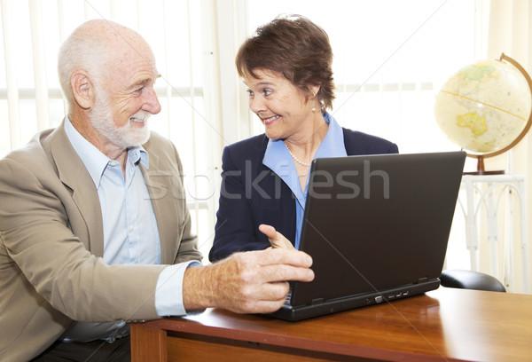 старший человека финансовые консультации зрелый деловая женщина компьютер Сток-фото © lisafx