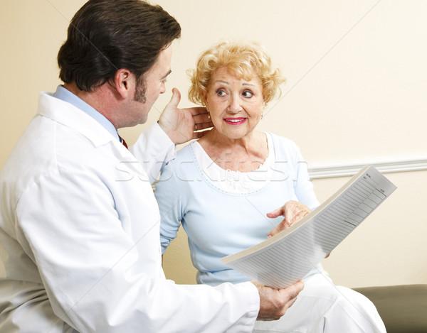 Pacjenta leczenie opcje piękna starszy Zdjęcia stock © lisafx
