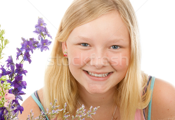 Portrait belle blond adolescente fleurs blanche Photo stock © lisafx
