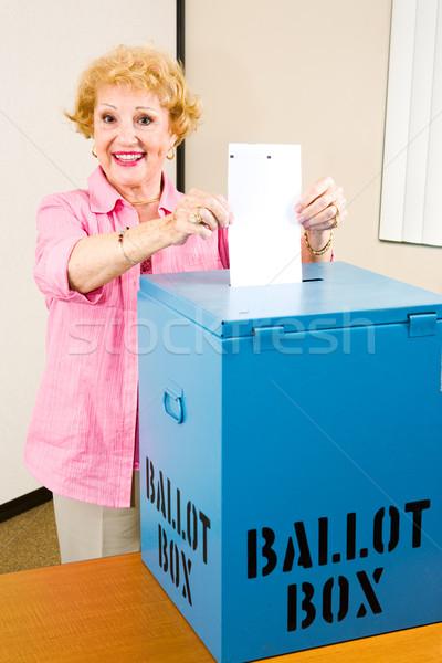 Seçim kıdemli kadın oy teknoloji kutu Stok fotoğraf © lisafx
