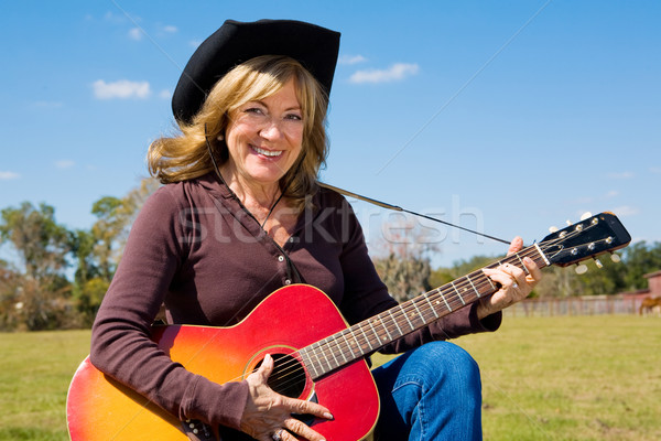 Paese musica bella maturo farm sorriso Foto d'archivio © lisafx
