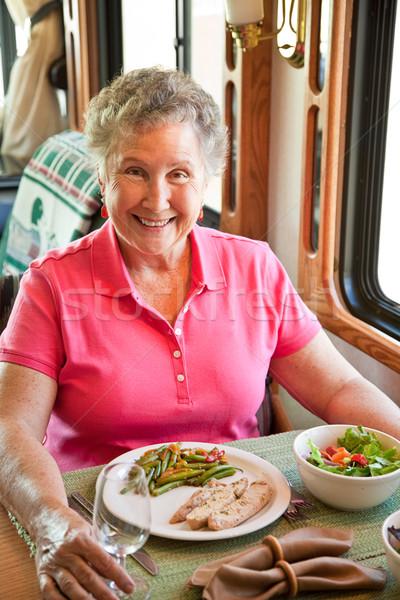 Photo stock: Supérieurs · femme · manger · élégante · Turquie · dîner