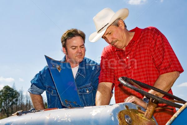 Trekker reparatie boerderij hand haren Stockfoto © lisafx