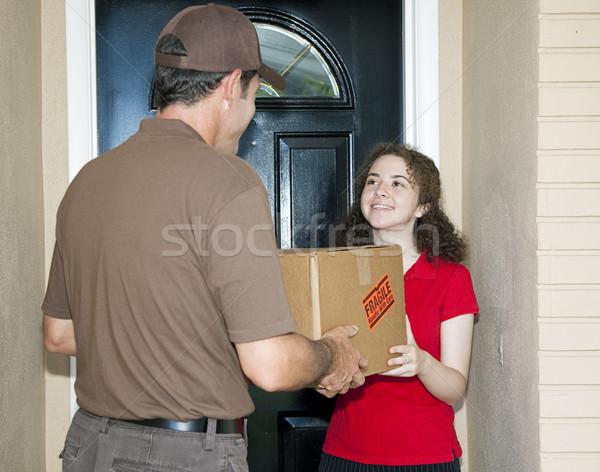 十代の少女 配信 パッケージ 優しい 女性 ストックフォト © lisafx