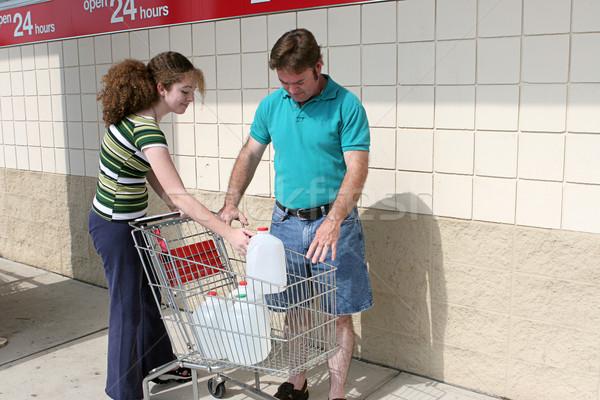 Orkaan vader dochter winkelen winkelwagen Stockfoto © lisafx