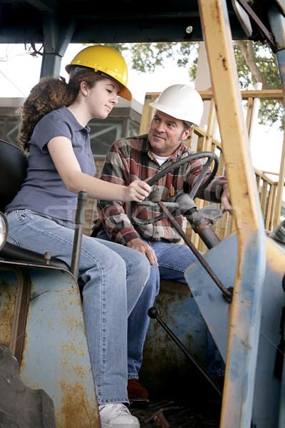 Nehézgépek leckék építkezés tanít fiatal munkás Stock fotó © lisafx