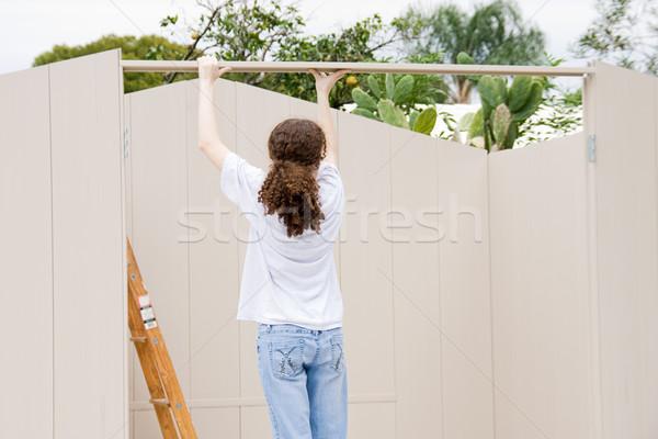 Teen teen girl lavoro costruzione costruzione muro Foto d'archivio © lisafx