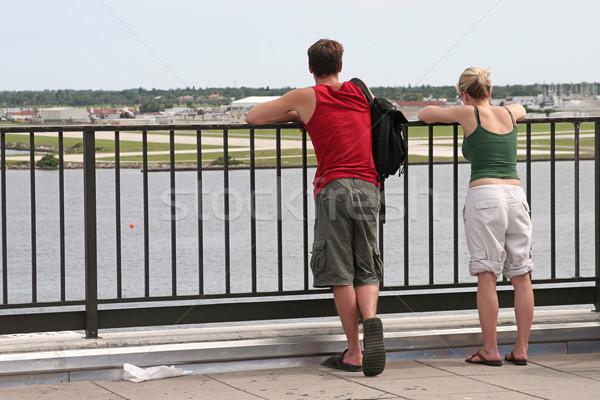 Turista pár fiatal pér élvezi díszlet vakáció Stock fotó © lisafx