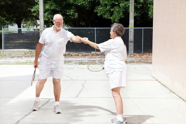 Starszy sprawność sportowa człowiek żona przyjazny gry Zdjęcia stock © lisafx
