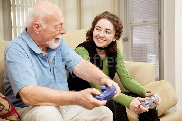 Foto d'archivio: Nonno · pronipote · incollaggio · qualità · tempo · giocare