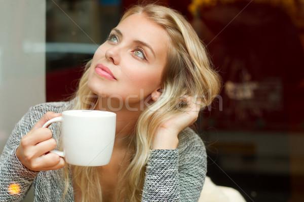 Magnifico bere caffè ritratto donna Foto d'archivio © lithian