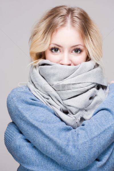 Blond kobieta ciepły ubrania portret zimą Zdjęcia stock © lithian