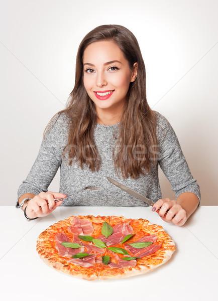 Jonge brunette Italiaans eten prachtig vrouw voedsel Stockfoto © lithian