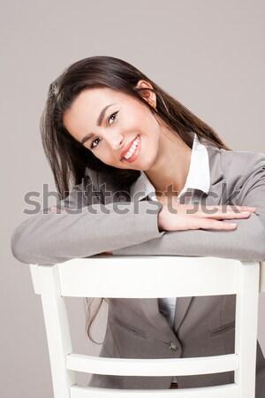 Elegante jóvenes morena mirando Foto stock © lithian