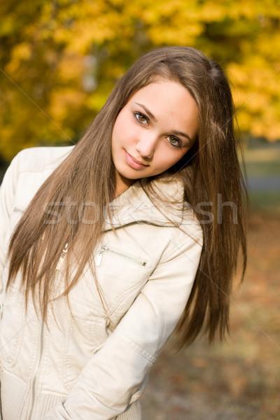 Stockfoto: Mooie · jonge · model · buitenshuis · portret · poseren