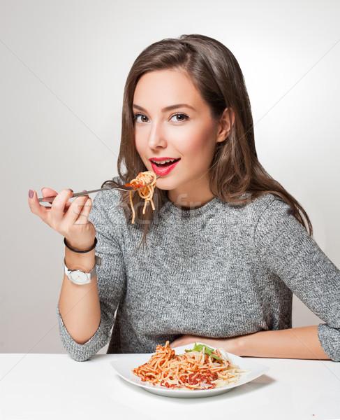 Jóvenes morena comida italiana mujer alimentos Foto stock © lithian