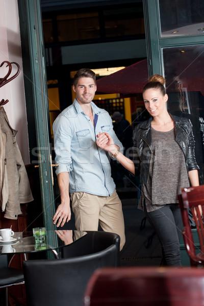 Stedelijke dating leuk modieus jonge paar Stockfoto © lithian