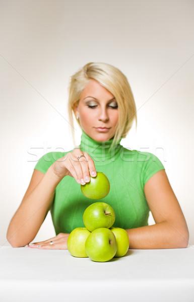 バランスの取れた食事 美しい 小さな ブロンド アップ 緑 ストックフォト © lithian