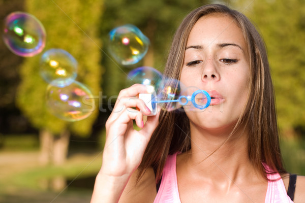 Dromerig bubble meisje blond teen schoonheid Stockfoto © lithian