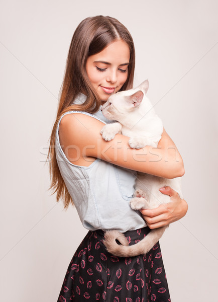 кошки привязанность великолепный молодые брюнетка женщину Сток-фото © lithian