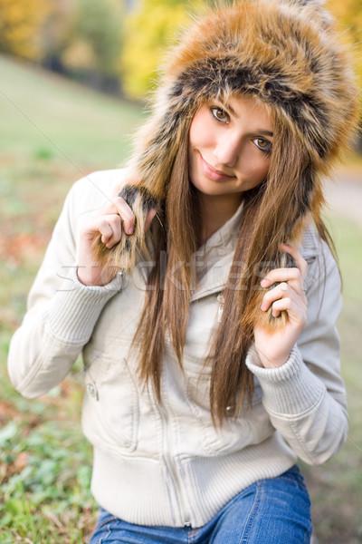 Chłodny pogoda portret przepiękny młodych model Zdjęcia stock © lithian