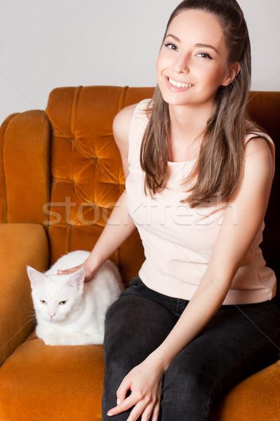 Ulubiony domowych portret młodych brunetka piękna Zdjęcia stock © lithian