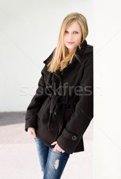 Gyönyörű fiatal szőke nő meleg ruha portré Stock fotó © lithian