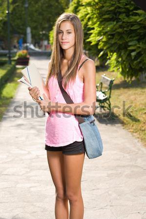 Prachtig jonge student portret meisje Stockfoto © lithian