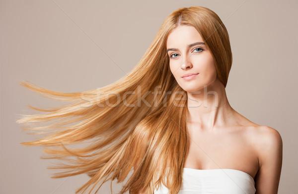 Gyönyörű egészséges haj portré szőke szépség Stock fotó © lithian