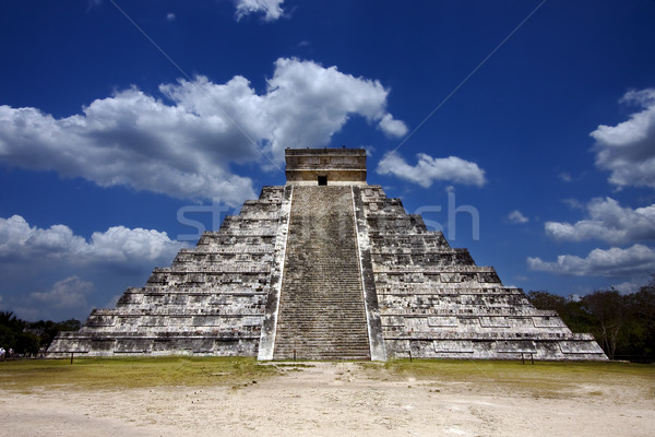 kukulkan ,el castillo Stock photo © lkpro