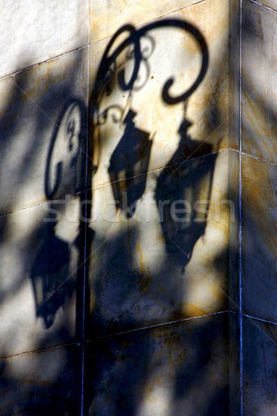 árnyék utcalámpa citromsárga narancs márvány fal Stock fotó © lkpro
