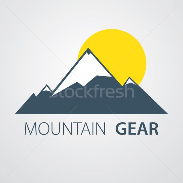 Hegy logo naplemente terv jég felirat Stock fotó © logoff