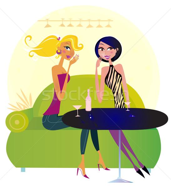 Dos chismes mujeres club nocturno dos mujeres de moda Foto stock © lordalea