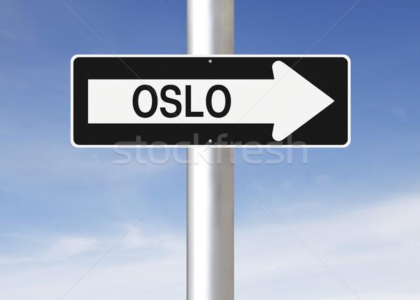 Erre Oslo egyirányú utca Norvégia felirat kék Stock fotó © lorenzodelacosta