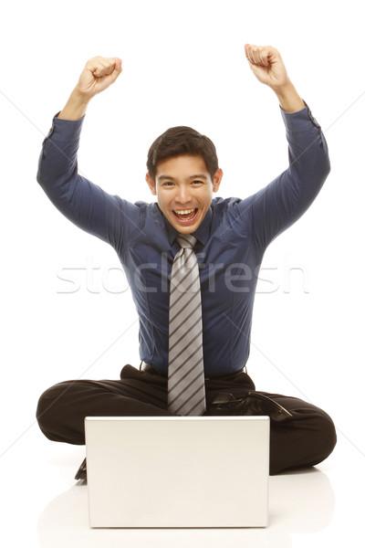 Winnaar extatisch zakenman laptop geïsoleerd witte Stockfoto © lorenzodelacosta