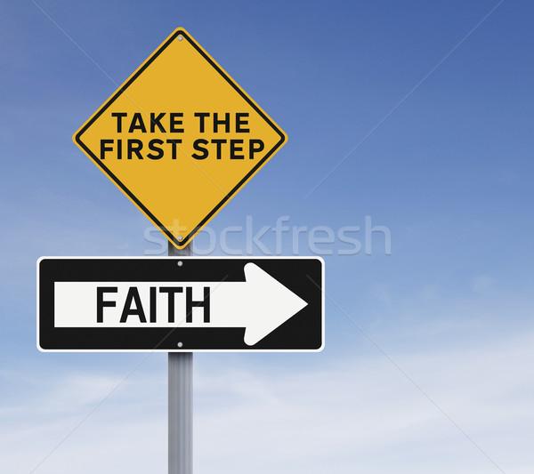 Geloof verkeersborden teken blauwe hemel richting stap Stockfoto © lorenzodelacosta