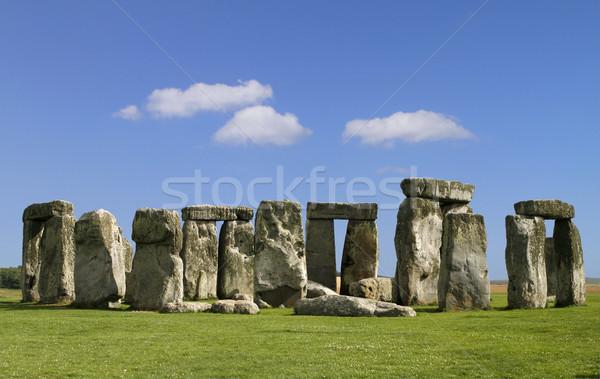 Stonehenge famoso misterioso inglaterra nuvens mundo Foto stock © lorenzodelacosta