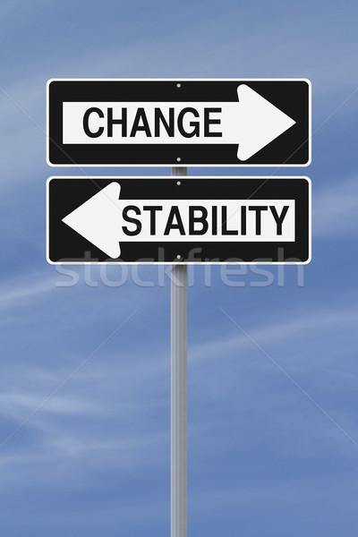 Stabilità cambiare strada segni cielo Foto d'archivio © lorenzodelacosta