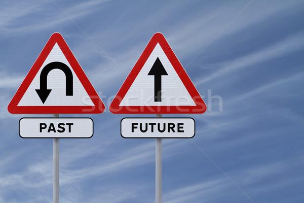прошлое будущем дорожных знаков небе знак история Сток-фото © lorenzodelacosta
