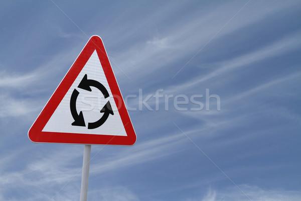 Körforgalom felirat kék ég fém kék piros Stock fotó © lorenzodelacosta