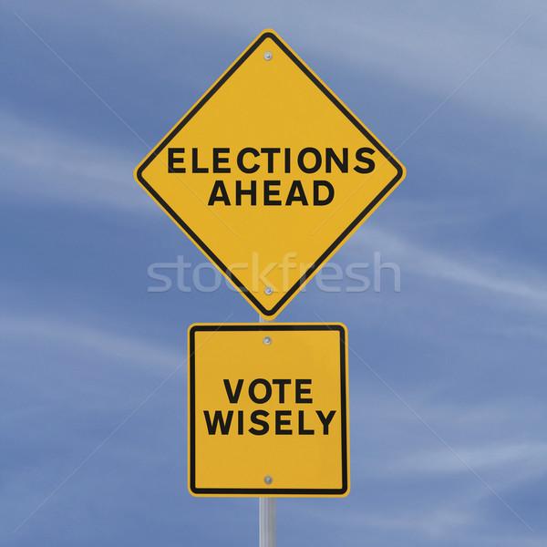 Seçimler önde yol işareti mavi gökyüzü gökyüzü Stok fotoğraf © lorenzodelacosta