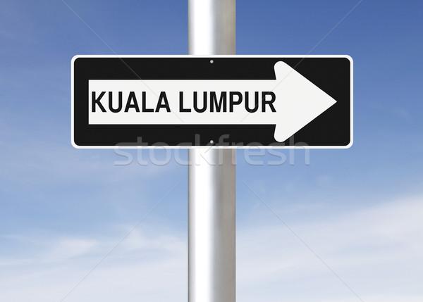 Erre Kuala Lumpur egyirányú utca város felirat kék Stock fotó © lorenzodelacosta