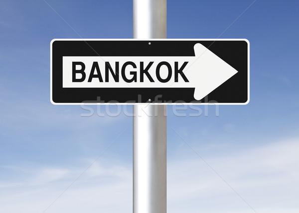 Erre Bangkok egyirányú utca város felirat kék Stock fotó © lorenzodelacosta